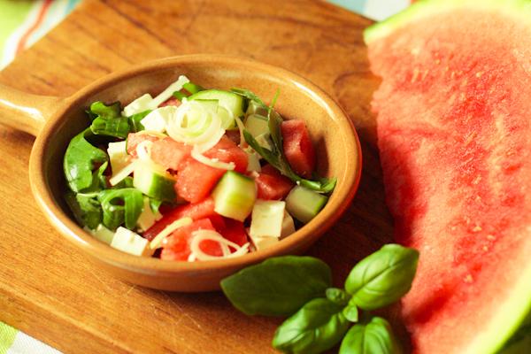 Melonensalat-im-Schaelchen